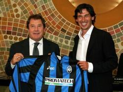 Ivan Ruggeri con Demetrio Albertini, atalantino per la stagione 2004/2005