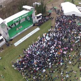 Lega, domenica il raduno a Pontida  Quattro giorni di iniziative sul pratone
