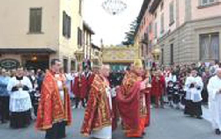 Sacra Spina, festa per diecimila  «È un invito per cambiare vita»