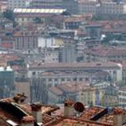 Case, prezzi ancora al ribasso  Ma a Bergamo salgono: +5,8%