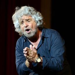 Grillo chiama a raccolta il web  «Ci serve un milione di euro»
