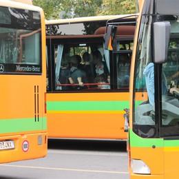 Forze dell'ordine gratis su bus e treni  «Così  sicurezza  più garantita»
