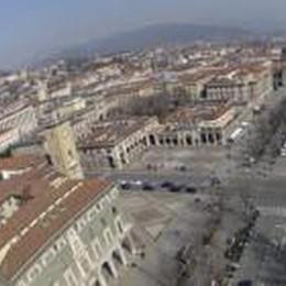Centrosinistra: «Il rilancio del centro  passa dal Sentierone pedonalizzato»