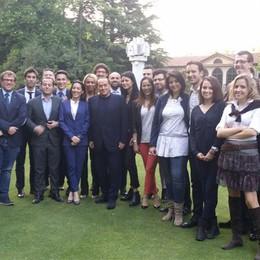 Tutti ad Arcore dal Cavaliere  I giovani azzurri da Berlusconi