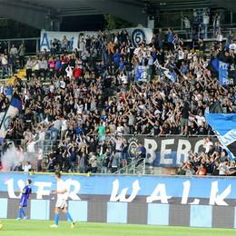 Morosini, Bergamo non dimentica  Quattromila spettatori al triangolare