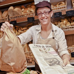 Un sorriso e L'Eco di Bergamo Così il «pane è... quotidiano»