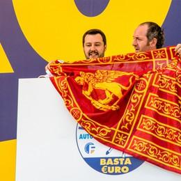 La Lega riparte da Pontida    Salvini: basta euro e immigrati