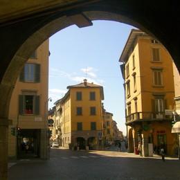«Una notte nel Borgo San Leonardo»  alla scoperta di chiese, segreti e storia