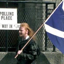 Ora la Lombardia si mette il kilt  e studia l'autonomia della Scozia