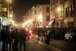 Movida di notte in Borgo Santa Caterina a Bergamo