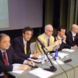 Le idee dei 6 candidati sindaco  Il tema caldo è quello della casa