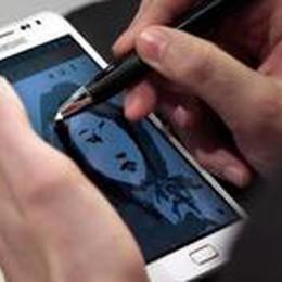 Sguardo fisso sullo smartphone  E il principe azzurro se ne va