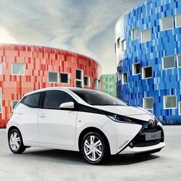 Nuova Toyota Aygo  Design e tecnologia