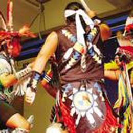 Il festival «Lo spirito del pianeta» Chiuduno accerchiata dagli Apache