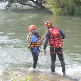 Sub sentinelle nel fiume Adda  Scatta la multa a chi si tuffa