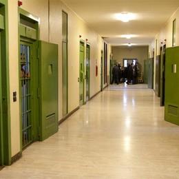 Bossetti, prima notte in carcere  Isolato e guardato a vista dagli agenti