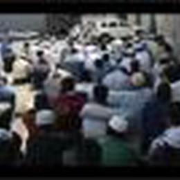 I fedeli musulmani verso il Ramadan: il ritrovo di via dei Cabrini