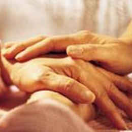 Tanti giovani in aiuto ai poveri  È un progetto Caritas-Ubi Banca