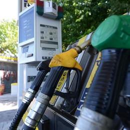 Benzinai in sciopero il 18 giugno  Self service chiusi per tre giorni