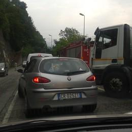 Statale Val Brembana, è allarme  «Basta con un traffico da autostrada»