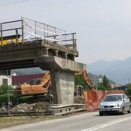 Cene, demolito il ponte Strada nuovamente percorribile