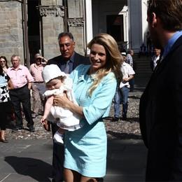 Sole battezzata  in Città Alta  La gioia di Michelle e Tomaso