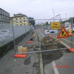 Cantieri senza operai e scavatrici  «Cara A2A, così non va bene»