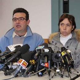 Il papà e la mamma di Yara:  «Pregate per i figli di Bossetti»