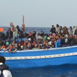 La Caritas e l'emergenza profughi  «Non  si lasci spazio alla malavita»