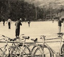 Pattinaggio al laghetto ghiacciato di Valverde