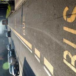 Moto, via libera alle 125 in autostrada   E per le bici spazio nelle corsie dei bus