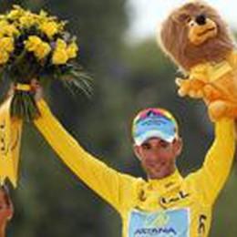 Sedici anni dopo Pantani  Il Tour parla italiano con Nibali