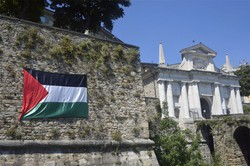 Bandiera della Palestina sulle Mura