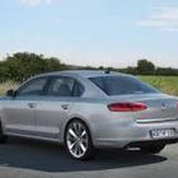 Volkswagen Passat  ora è anche ibrida