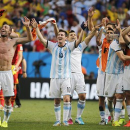 Il «Pibe de oro» ora si ravvede  «Argentina favorita sull'Olanda»