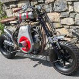 La moto unica di Flavio: una scultura  Anche arredi da cucina per realizzarla