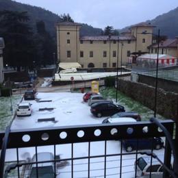Nubifragio a Ubiale Clanezzo  Altro che estate, sembra inverno