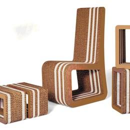 Da una serigrafia ai mobili eco Ad Albano si gioca con la carta