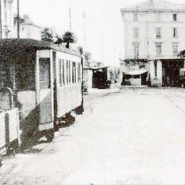 Vecchi e gloriosi tram bergamaschi  Le stazioncine resistono ancora