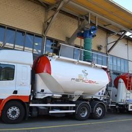 Il cemento «emigra» in Svizzera  Azienda operativa in soli 3 mesi