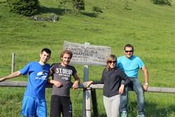 Istruttori e allievi sul Monte Farno