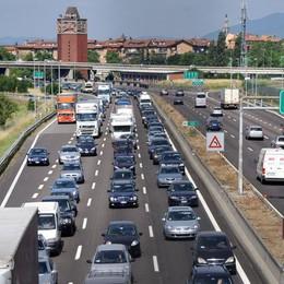 Italiani popolo di pendolari  La metà si sposta ogni giorno