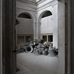 L'arte e le campane di Parmiggiani  Lunedì un incontro con l'artista