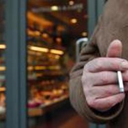 Fuma in volo, multa di 2 mila euro  Era sul Bergamo-Alghero di Ryanair