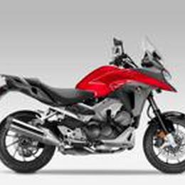 Crossrunner Honda  Una naked-adventure