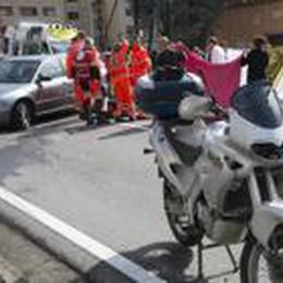 Auto contro moto a Costa Volpino  59enne di Schilpario in gravi condizioni