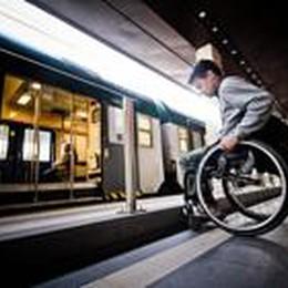 Problemi vecchi in stazione  Binari off limits per i disabili