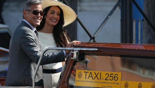 Clooney-Amal sposi, 10 minuti cerimonia
