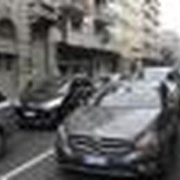 Maratona, le proteste degli automobilisti a suon di clacson