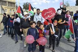 Gli scatti di Eleonora Gatto ritraggono le manifestazioni che ogni venerdì si tengono a Nabi Saleh, un villaggio della Cisgiordania